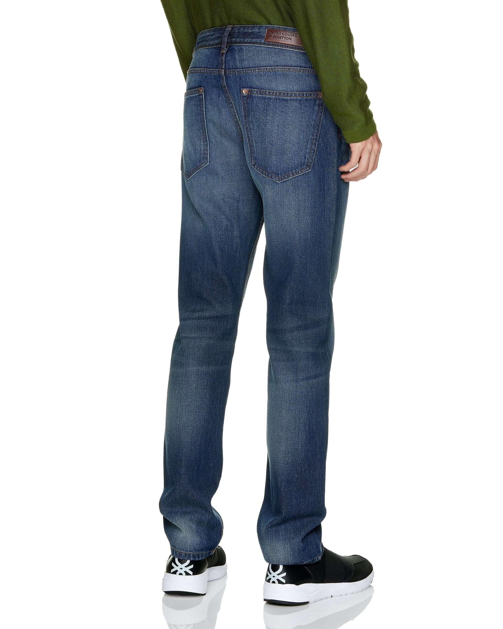 Regular Waist Straight Jean
