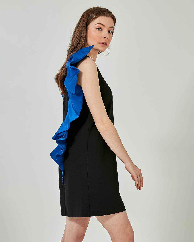 Kanatlı Elbise