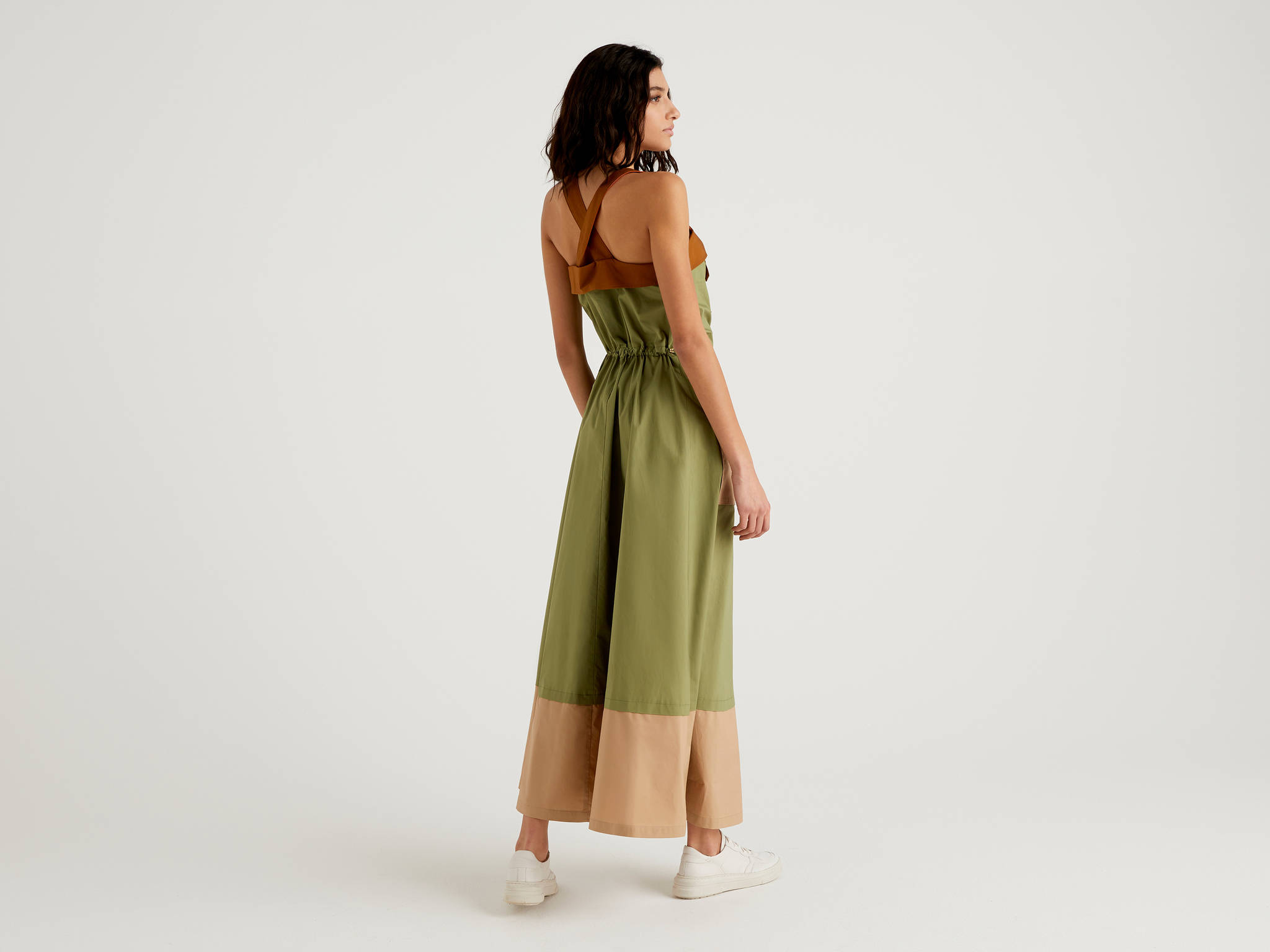 Çapraz Askılı Cepli Elbise