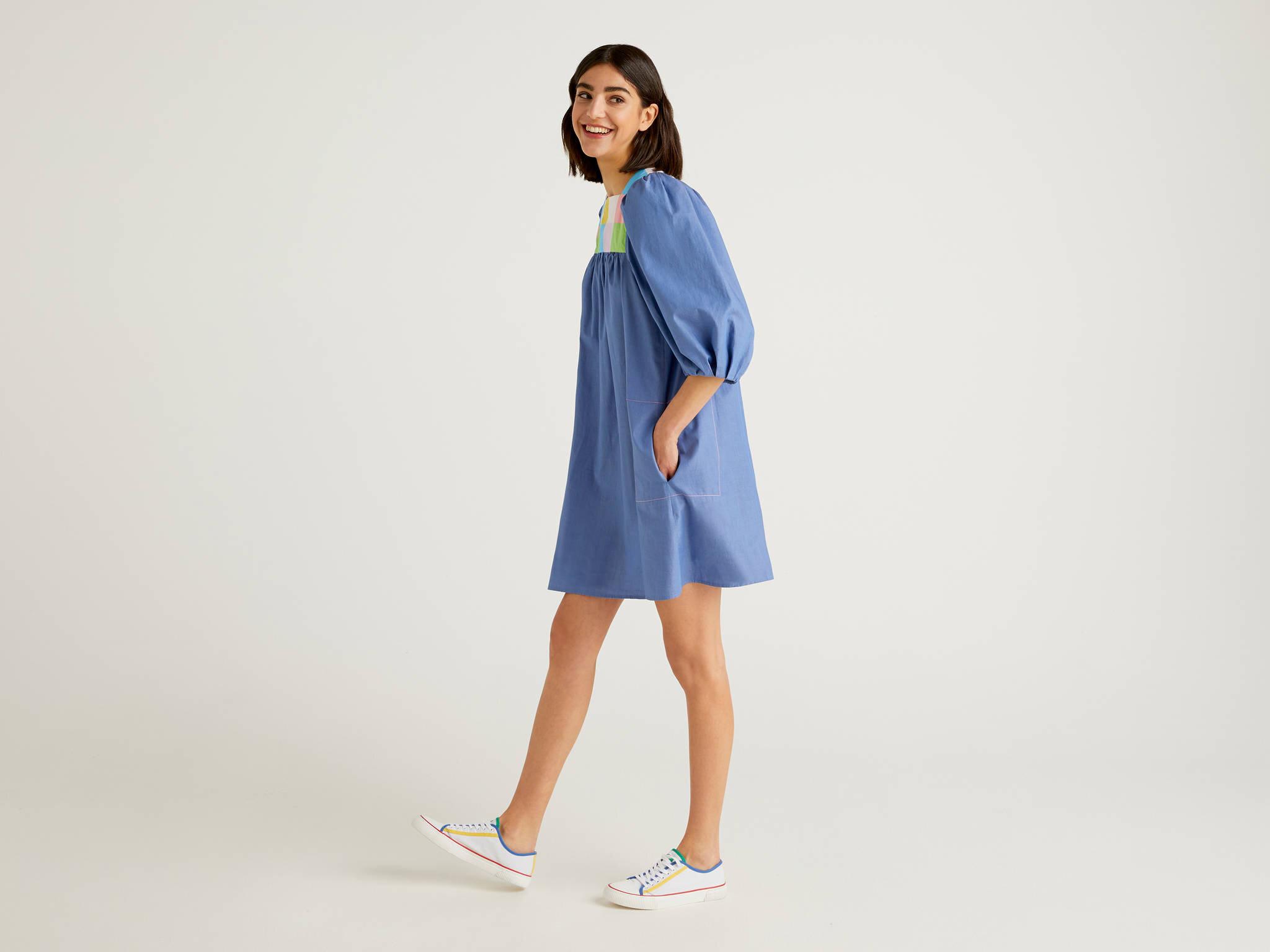 Yakası Renk Bloklu Elbise