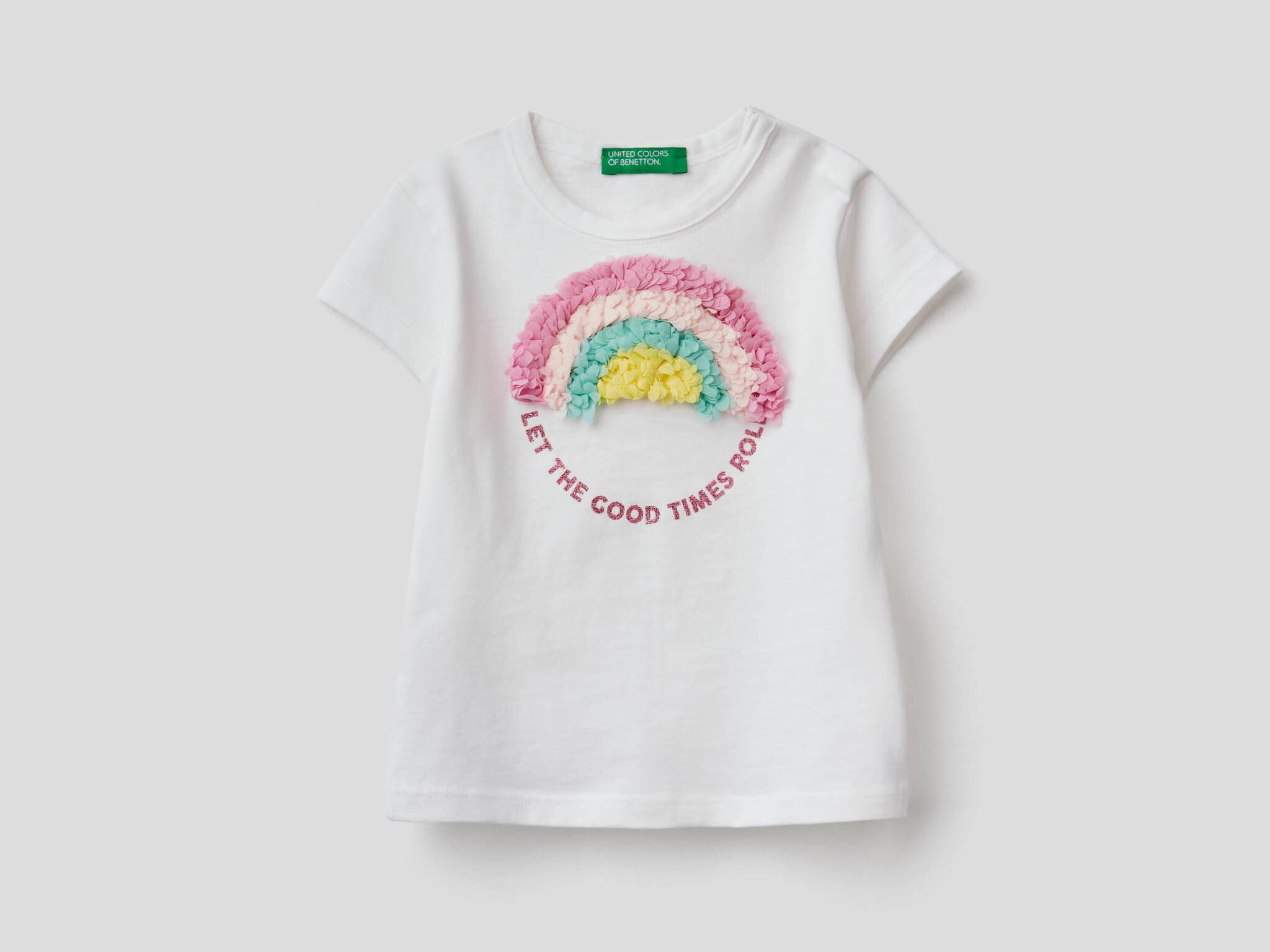 3D Gökkuşağı Detaylı Tshirt
