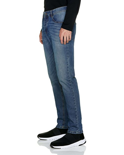 Regular Waist Slim Fit Jean