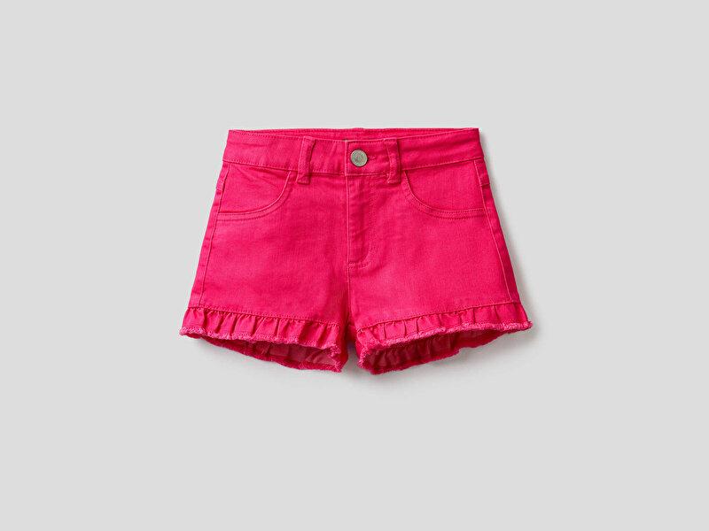 Paçası Fırfırlı Renkli Jean Şort